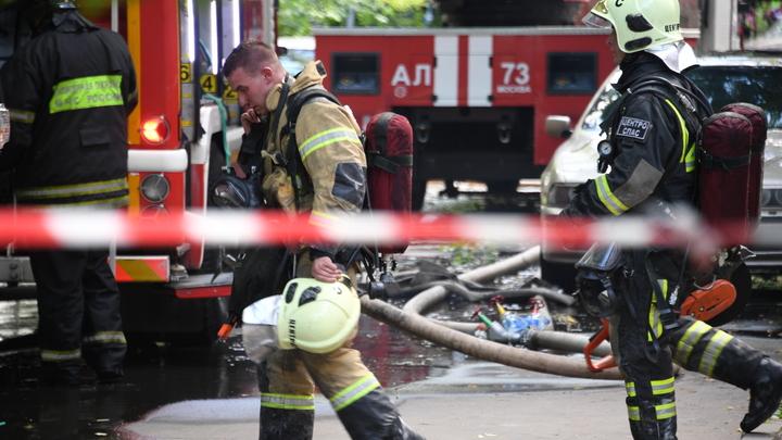 Объявлен повышенный ранг: В Самаре горят десять жилых домов