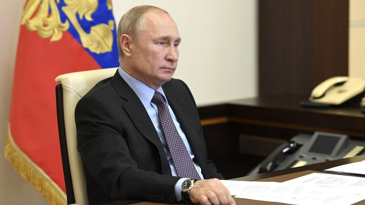 Десять минут - и уже не по себе: Путин раскритиковал популярную защиту от COVID