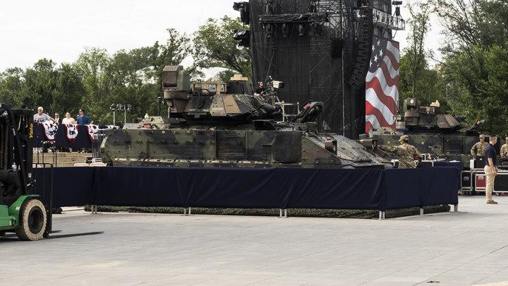 Фурора не получилось: Обещанные Трампом на 4 июля танки пришли ржавыми и без стволов