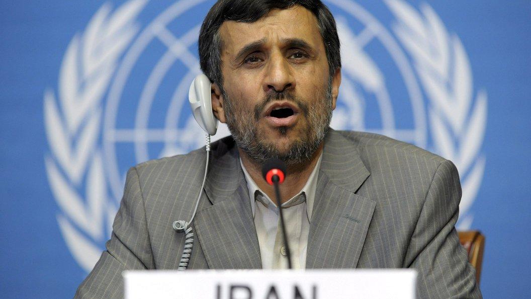 Юрист Ахмадинежада: экс-президент Ирана неарестован