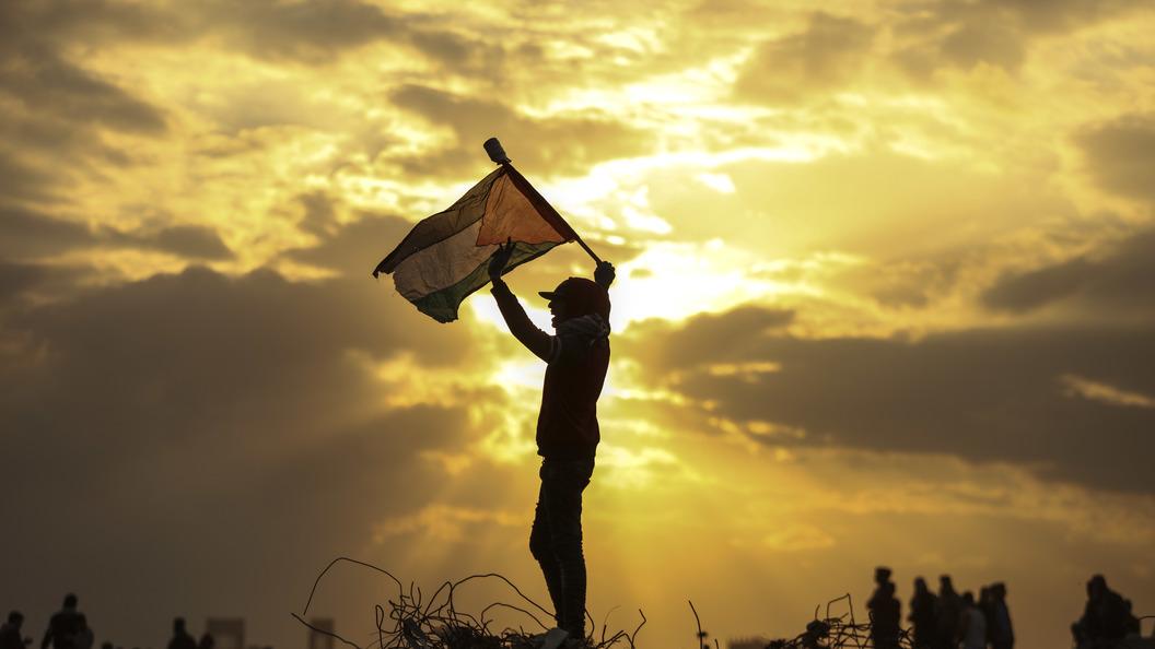 Израиль закрыл границу ссектором Газа