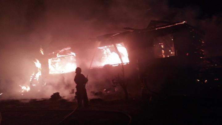 В Гусь-Хрустальном районе выгорел многоквартирный дом