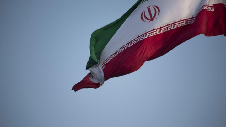 С воображением плохо: Иран отказался от российских танков в пользу своей неудачной копии