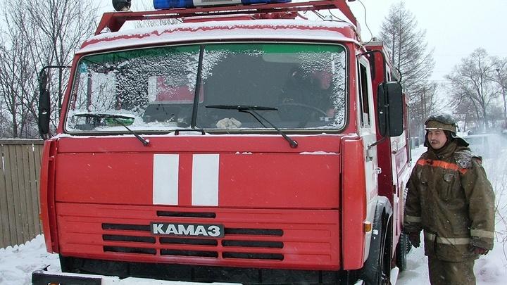 Пожар в пятиэтажке в Ростове-на-Дону: погибла женщина, жильцы эвакуированы