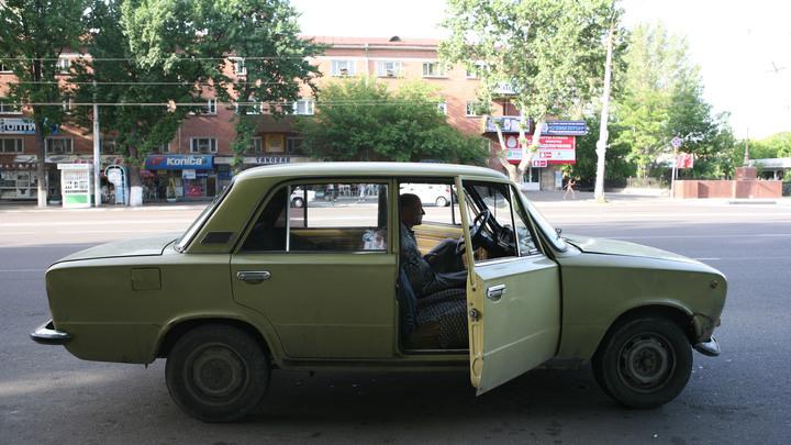 Полиция начала проверку после утренней лезгинки на крыше машины в Новосибирске