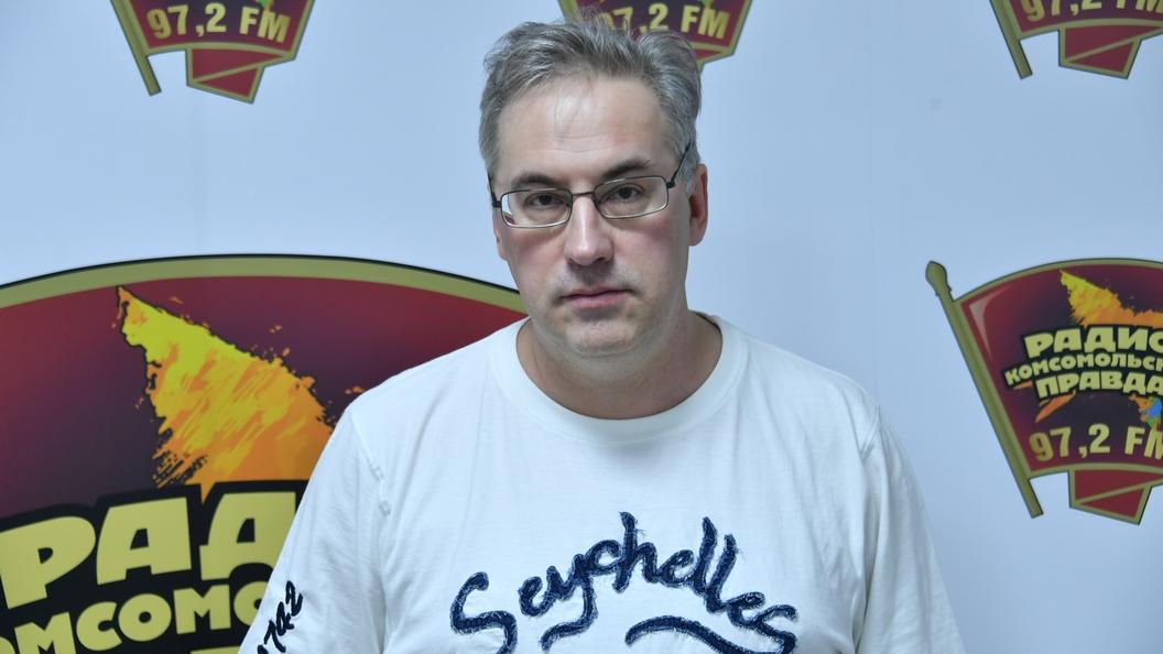 Телевизионный ведущий Норкин подрался сукраинским экспертом впрямом эфире