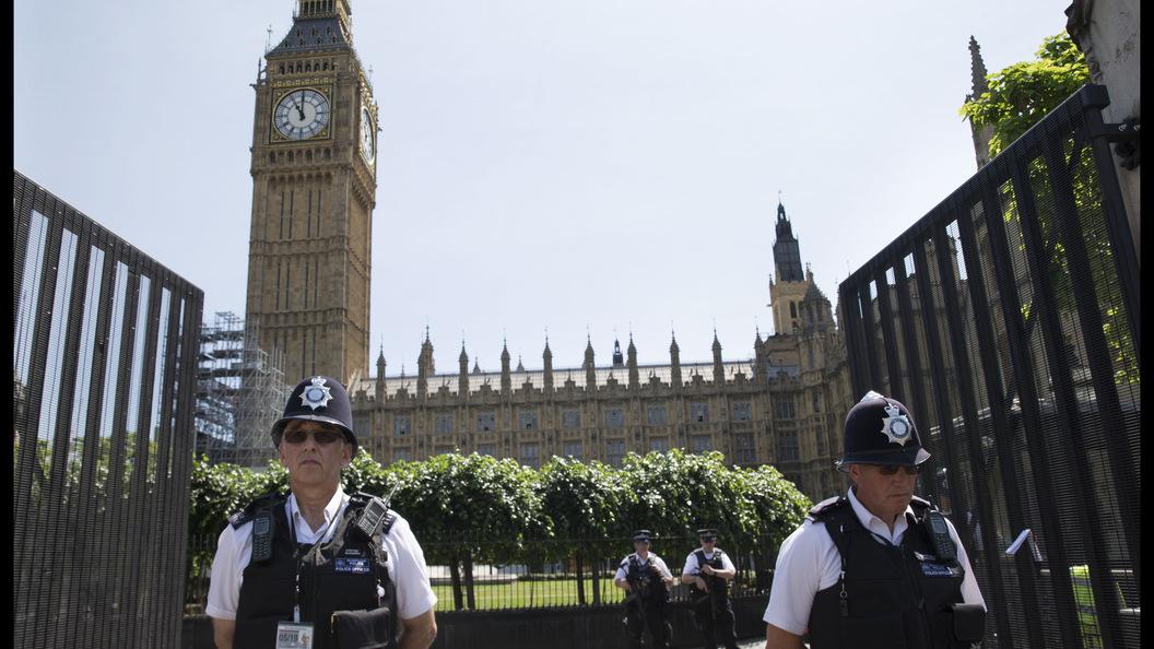 В Лондоне спортцентр не работал 40 минут из-за мужчины с ножом