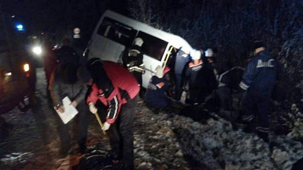 ДТП вМарий Эл: пассажиров микроавтобуса раздавили кресла