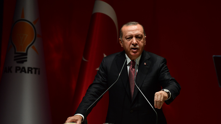 Борт Эрдогана первым опробовал ВПП крупнейшего аэропорта Турции