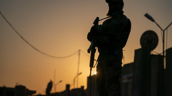 Дорогу к посольству США в Ираке блокировали ракетным взрывом - СМИ