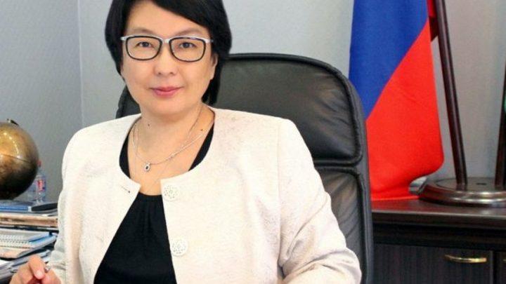 Гендиректор авиакомпании «Якутия» уволена после представления правительства - источник