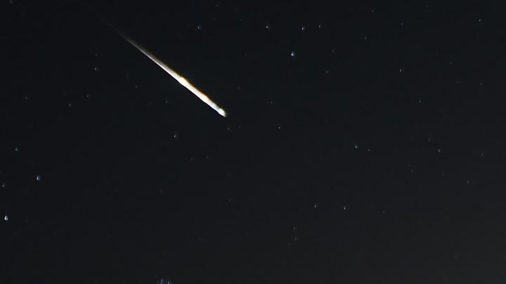 В Краснодарском крае засняли на видео падение метеорита