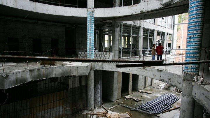 На 18-й день голодовки обманутых дольщиков ГК «Норманн» рабочие вышли на стройплощадку