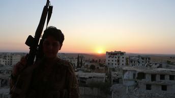 История героев: вАлеппо открыт памятникрусскому и сирийскому солдатам