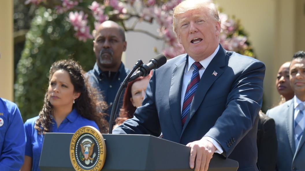 Лжец-лжец: Трамп начал утро с обвинений в адрес экс-главы ФБР