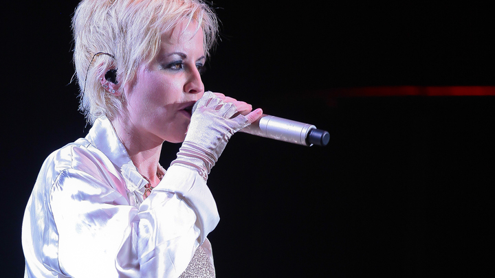 Вокалистка Cranberries умерла во время записи песни