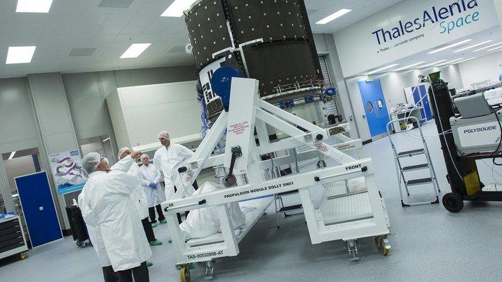 Сломавшийся при странных обстоятельствах космический спутник Вернов должен был работать совместно с американским Ван-Алленом