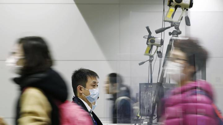 Роспотребнадзор предупредил российских туристов: от поездок в Китай лучше отказаться