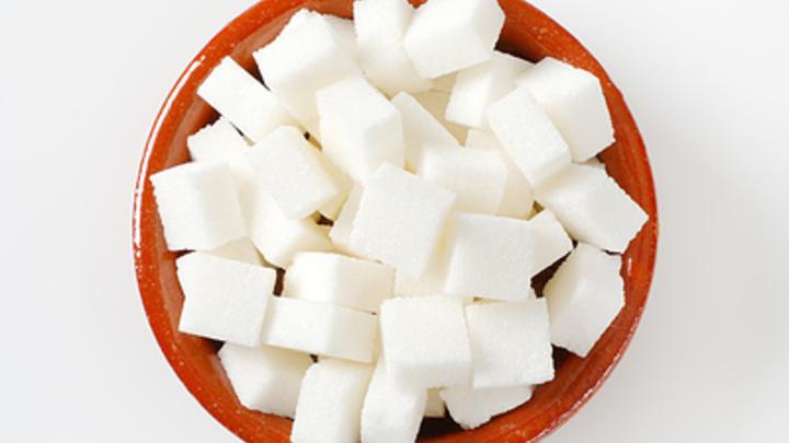 Эксперт не верит в угрозу советского дефицита сахара