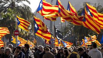 Барселону после задержания Пучдемона всколыхнули митинги