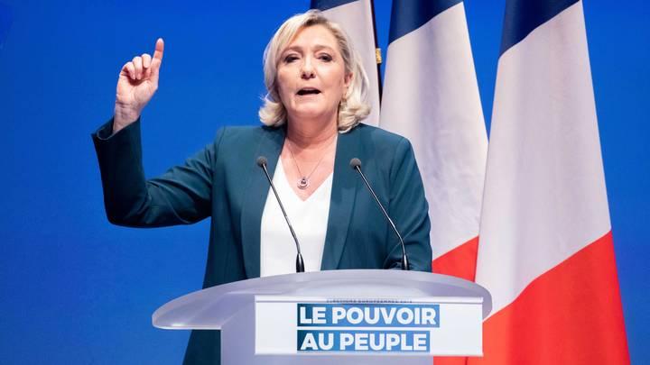 Попытка наказать Россию привела к катастрофе: Ле Пен напомнила Франции о последствиях антироссийских санкций