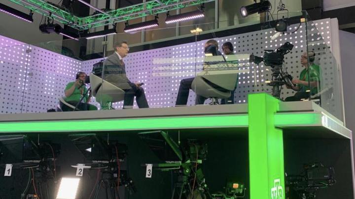 Прихватил и часть команды: Ведущий Права голоса Бабаян уходит с ТВЦ на НТВ
