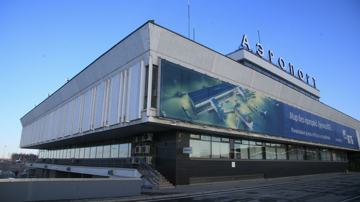Из-за неисправности одного самолета в «Пулково» задержали сразу четыре рейса «Победы»