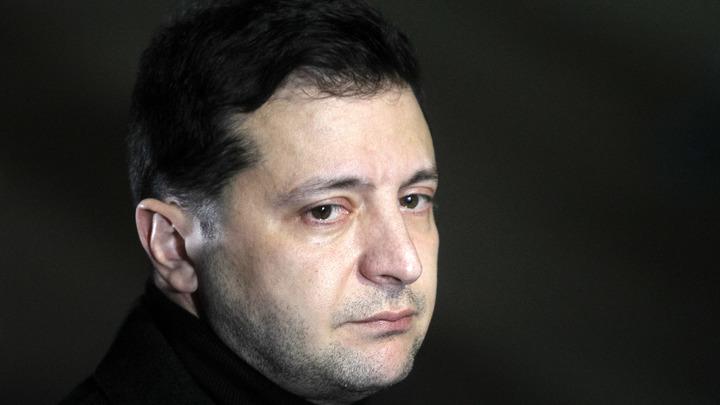 Целый штаб в одном вертолёте: Украинский генерал обвинил Зеленского в непрофессионализме