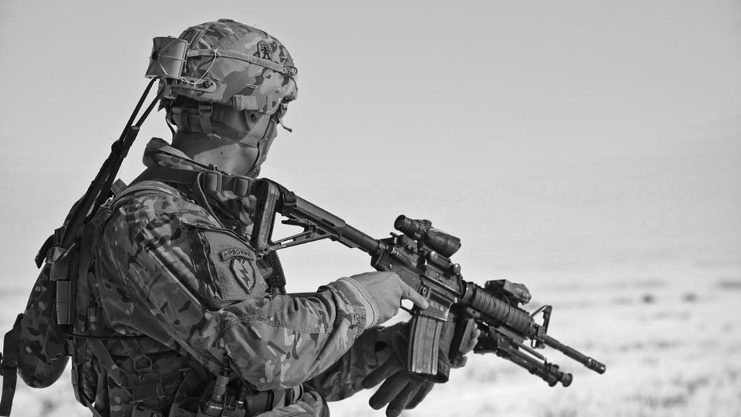 В Минске договорились о перемирии и отводе тяжелой техники в Донбассе