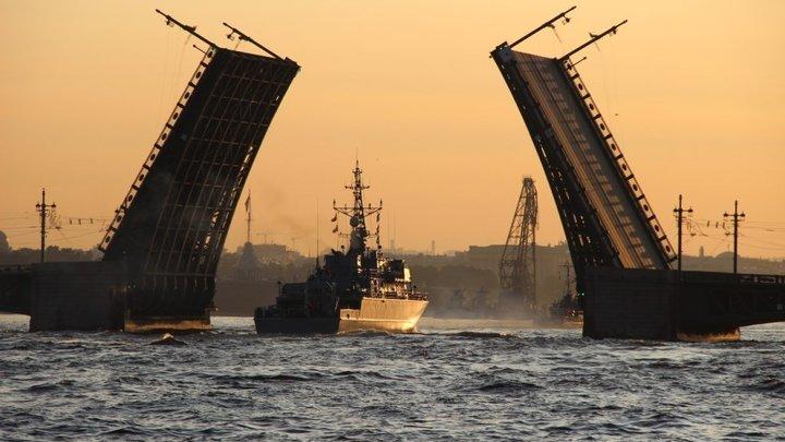 Мосты Санкт-Петербурга: во сколько и какие разводят