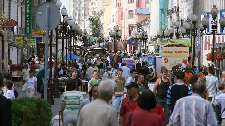 Улица не для всех: Арбат перестанет быть пешеходным?