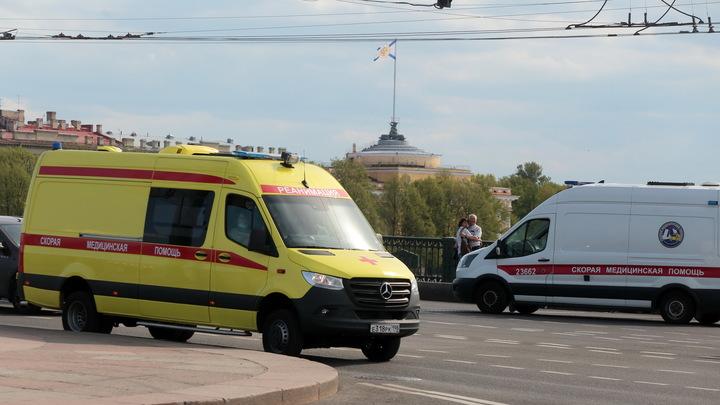 Примета пандемии: В коронавирусную больницу опять выстроился хвост из скорых