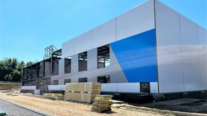 Обновленный стадион во Власихе откроют в сентябре