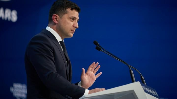 На Зеленском все вышли: Президент Украины выступал в Давосе перед полупустым залом