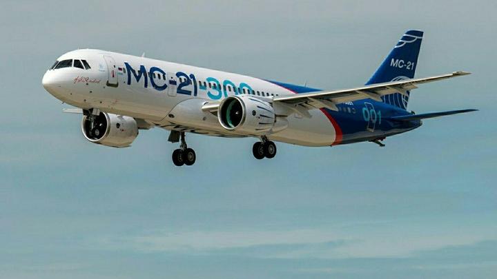 Авиалайнер МС-21-300 успешно совершил второй испытательный полет