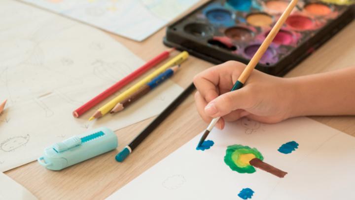 Необычное рисование школьников как борьба с терроризмом. И немного эротики