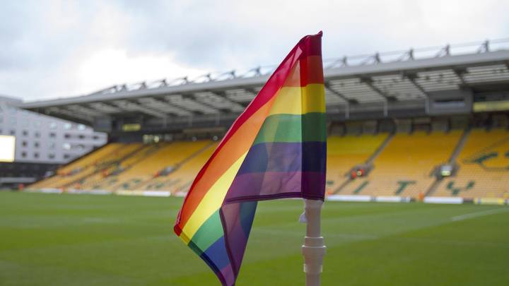 В Европе считают, что геи не смогут вести себя нормальнона ЧМ-2018 в России