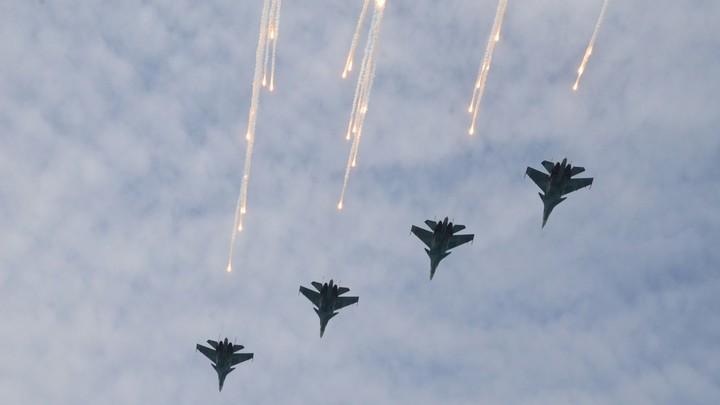 В России определились с датой парада Победы - Путин