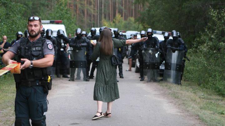 Колючка от мигрантов. Глава Литвы попросил помощи у ЕС, а получил от Украины