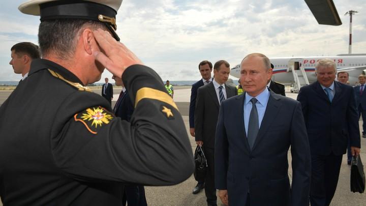 Тонкий намёк: Путин ответил во Франции на вопрос о митингах в России, припомнив жёлтые жилеты