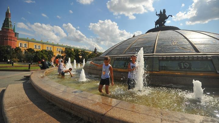 Ни капли осадков: Целую неделю Москва будет плавиться от аномальной жары