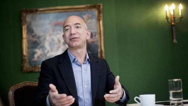 Взлет акций Amazon предрешил имя богатейшего человека современности