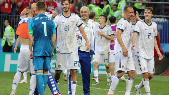 Белые против красных: Сборные России и Турции представили форму на матч Лиги наций