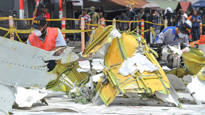 Идиоты: Bloomberg раскрыл нелицеприятную для Lion Air переписку в Boeing до катастрофы с индонезийским самолётом
