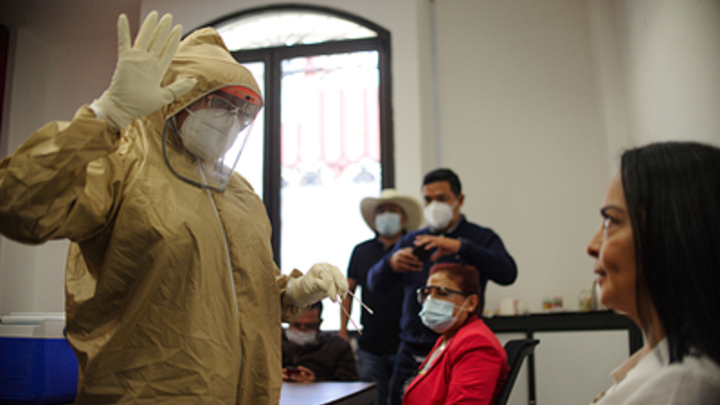 Экс-кремлёвский врач предупредил о мутной истории с пандемией