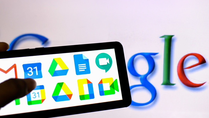 Индивидуальных свобод всё меньше: Дуров обвинил Apple и Google в слежке и цензуре