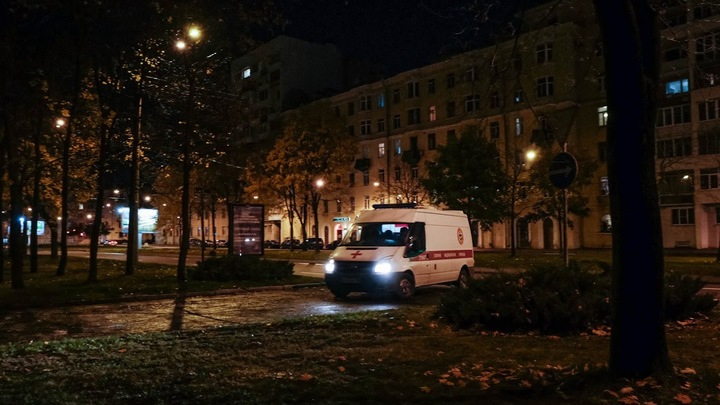 Коронавирус в Санкт-Петербурге на 3 ноября: вакцинация граждан и вопросы о «дистанционке»