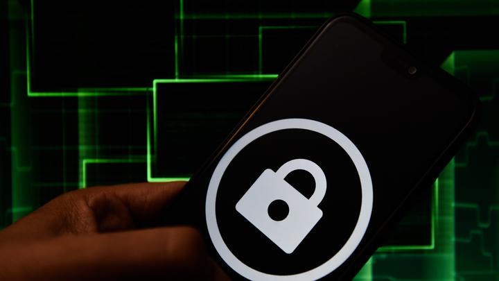 Поле битвы - киберпространство: Пока США обвиняют Россию в хакерских атаках, Москва готовится к обороне