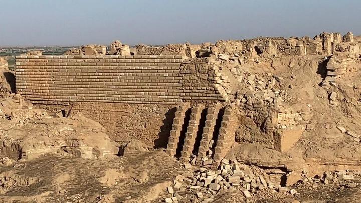 Ему всего 4000 лет: Военкор Блохин в Сирии попал в мечту археолога