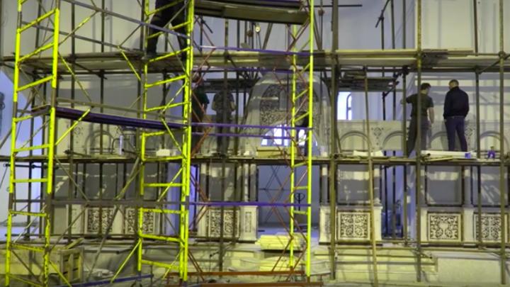 Мраморный иконостас и звонница: Росгвардия впервые показала убранство своего храма